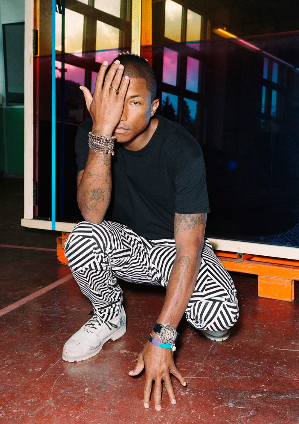 f78c5d0ebf07 G-Star RAW elevates the essence of jeans by combining the brand s modern  design aesthetic with the creative mindset of its Head of Imagination   Pharrell ...