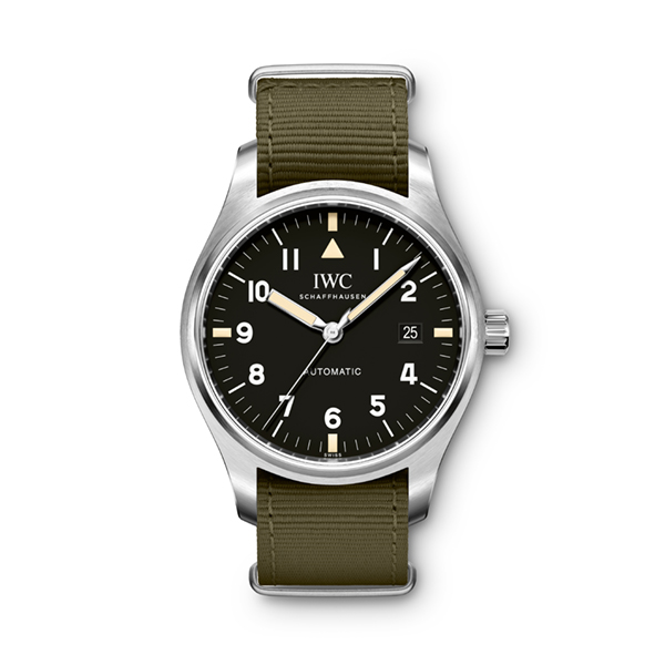 IWC RESURRECTS THE ICONIC DESIGN OF THE MARK 11