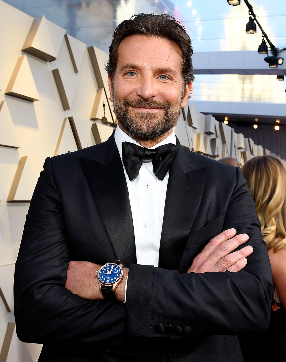 Ο Bradley Cooper έγινε πρεσβευτής της IWC το 2018. Μεταξύ των δράσεων που  έχει υλοποιήσει η Ελβετική ωρολογοποιία ed32a00f0fe