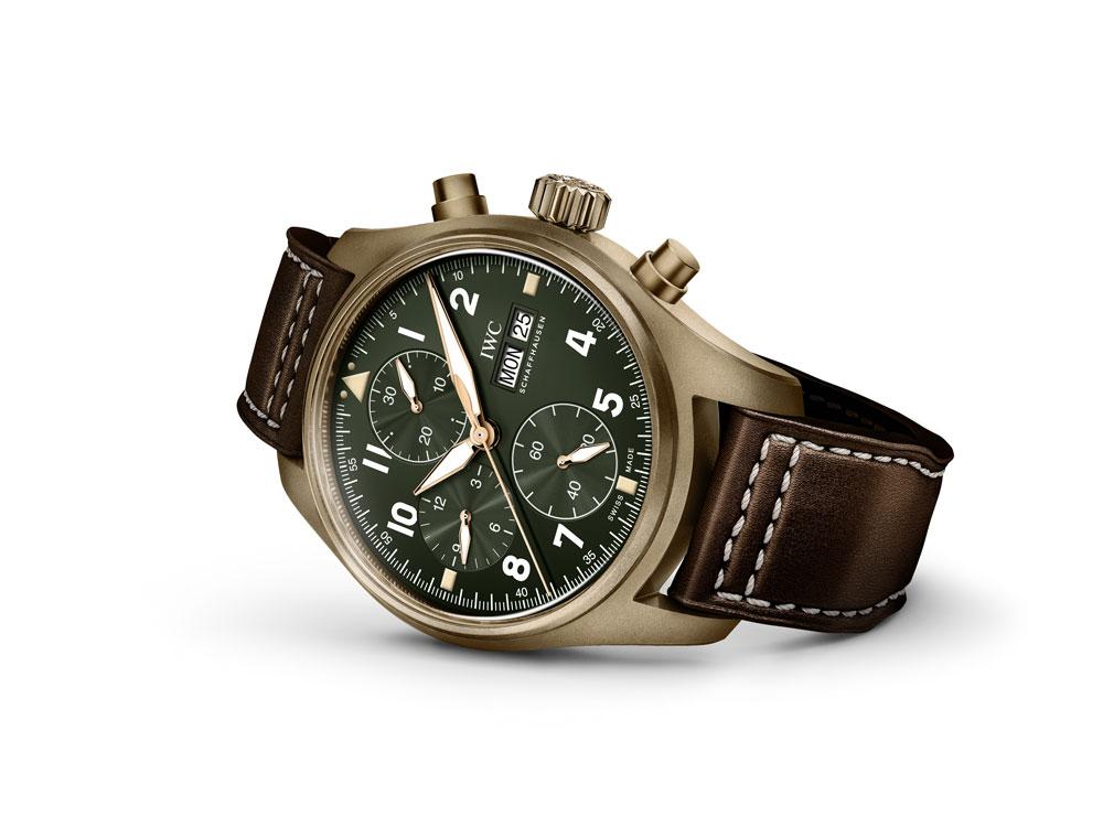 b6f69b347f43 Η IWC κυκλοφορεί το νέο της σποτ στα πλαίσια της παγκόσμιας διαφημιστικής  της καμπάνιας με θέμα τα νέα ρολόγια Pilot. Στο διαφημιστικό